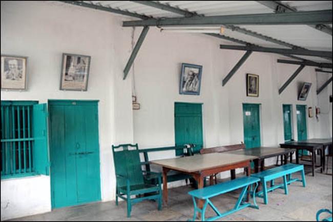 Rooms adjacent to Mandali Hall