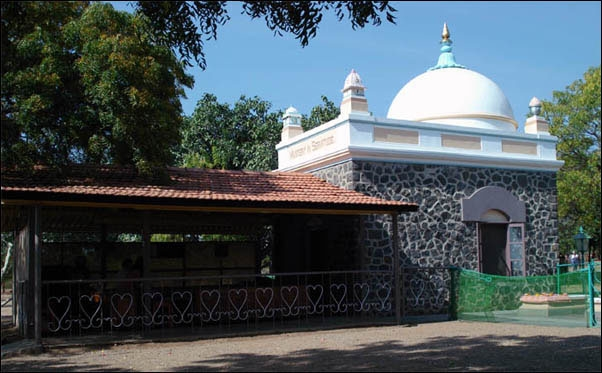 Beloved Baba's Tomb Shrine